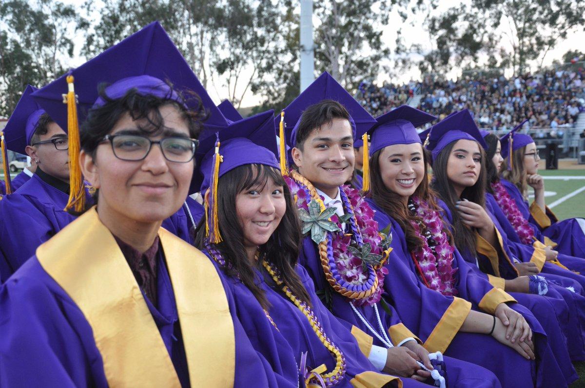 "Diamond Bar High School On Twitter: ""photos: 2017 Graduation In Diamond Bar High School Holiday Schedule"