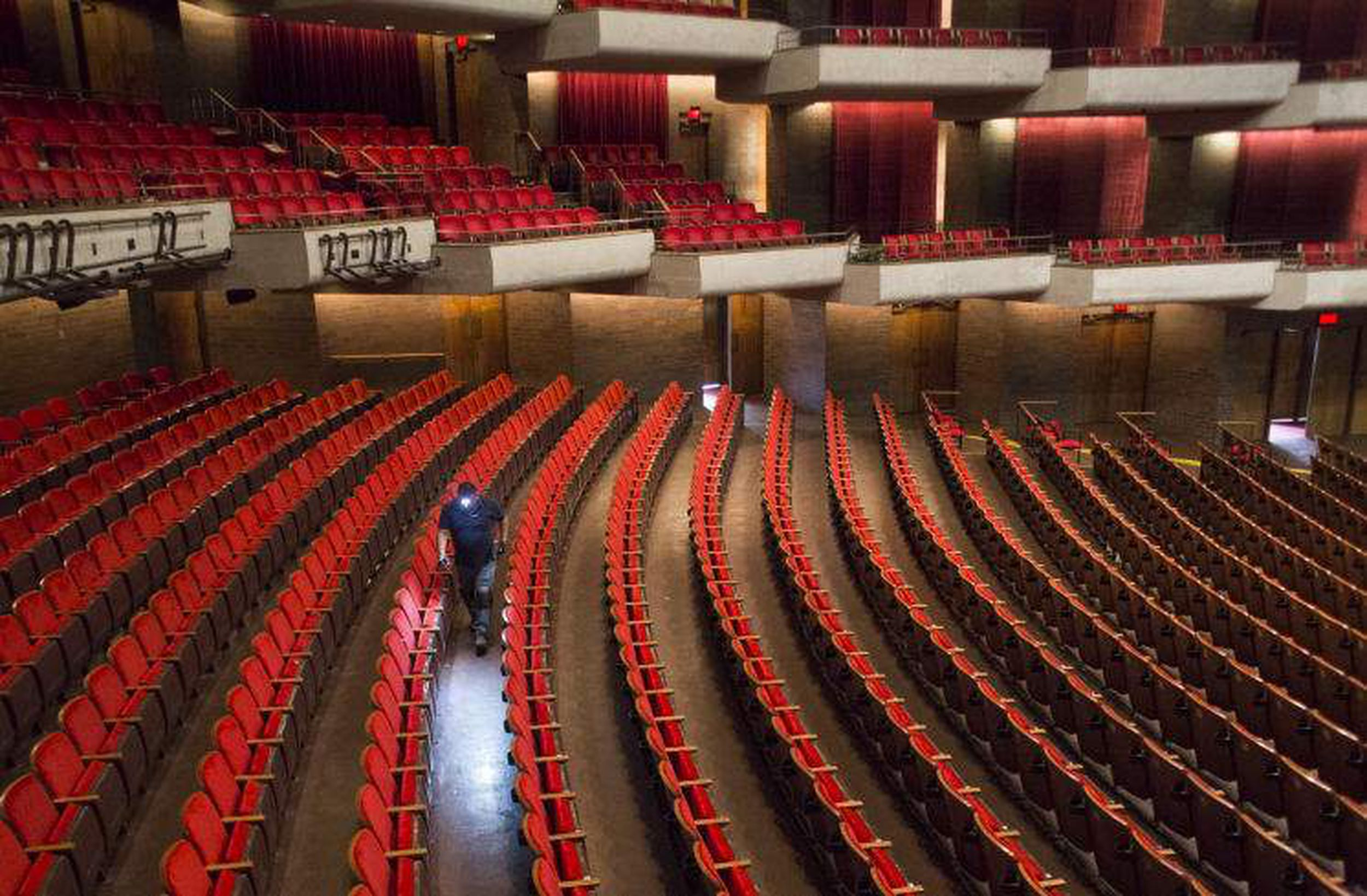 Good Tush News: Straz Center Upgrades Seats In Morsani Hall With Tampa Bay Performing Arts Center Schedule