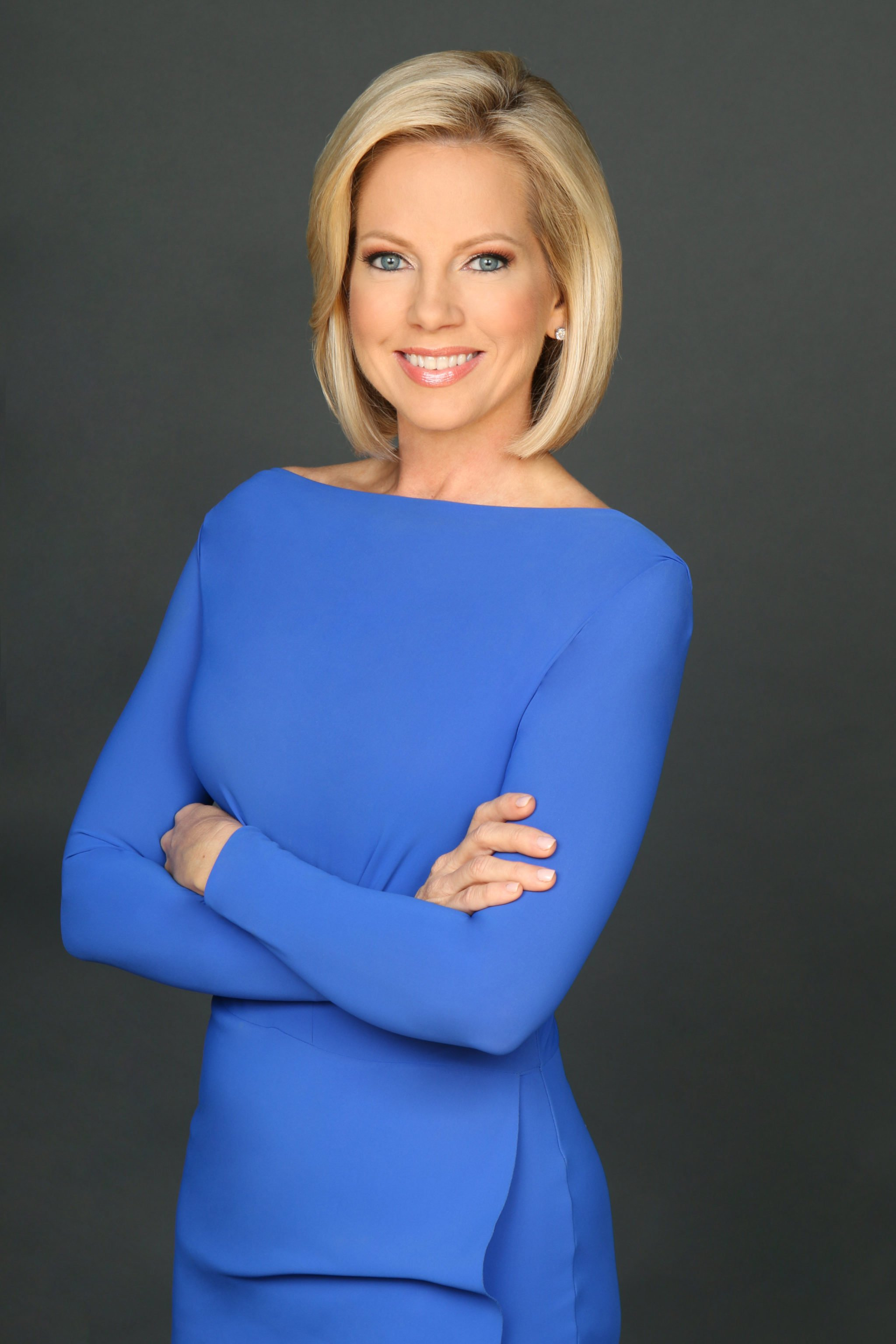 How Fox News Anchor Shannon Bream Manages To Squeeze In With Women Of Fox News Calendar