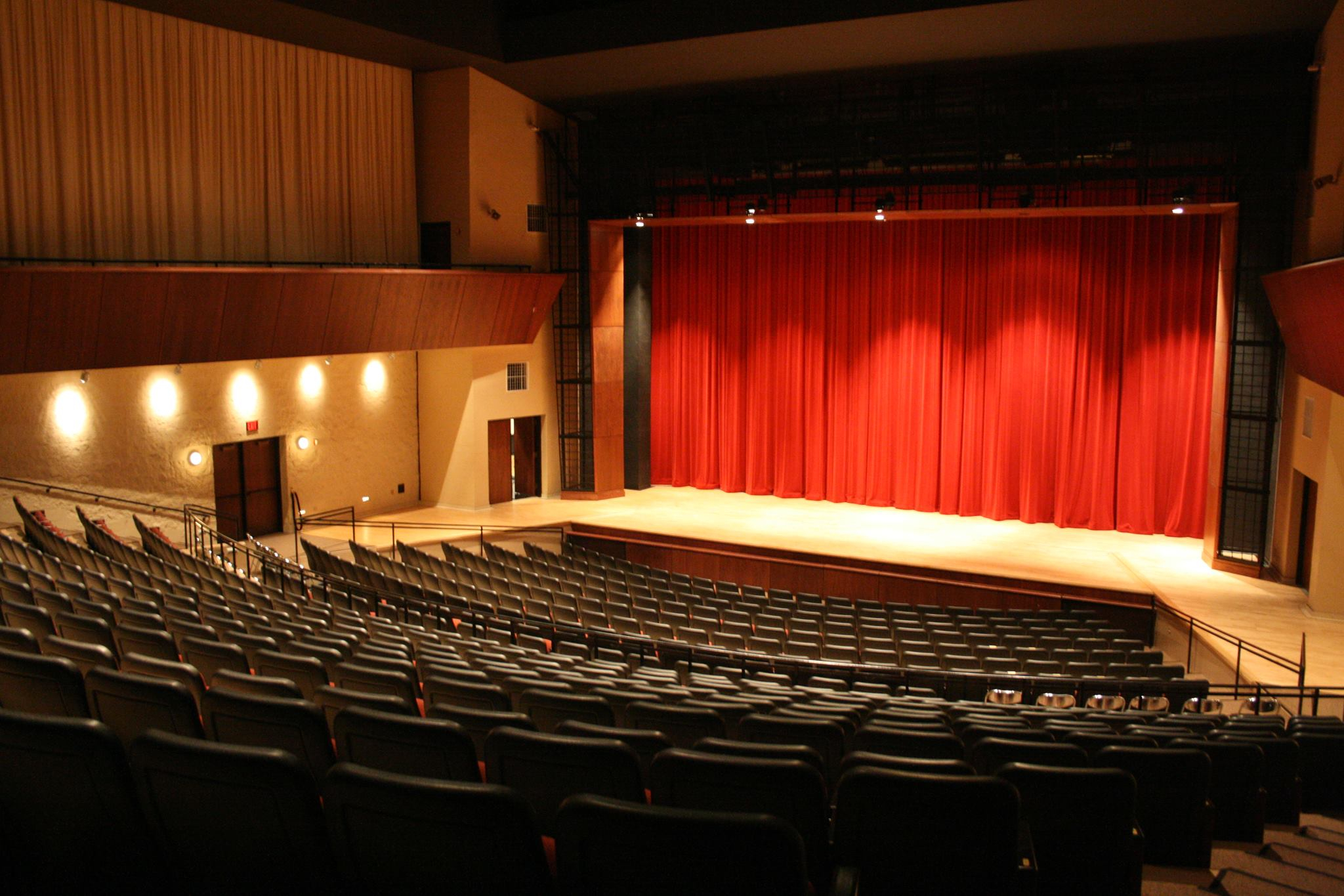 Lake County, Illinois, Cvb - Official Travel Site - James Inside Orange County Performing Arts Schedule
