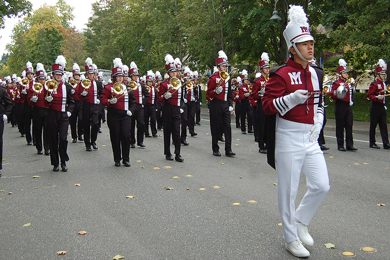 Mercer Island High School Celebrates Homecoming With Parade Pertaining To Mercer Island School District Calendar 2021