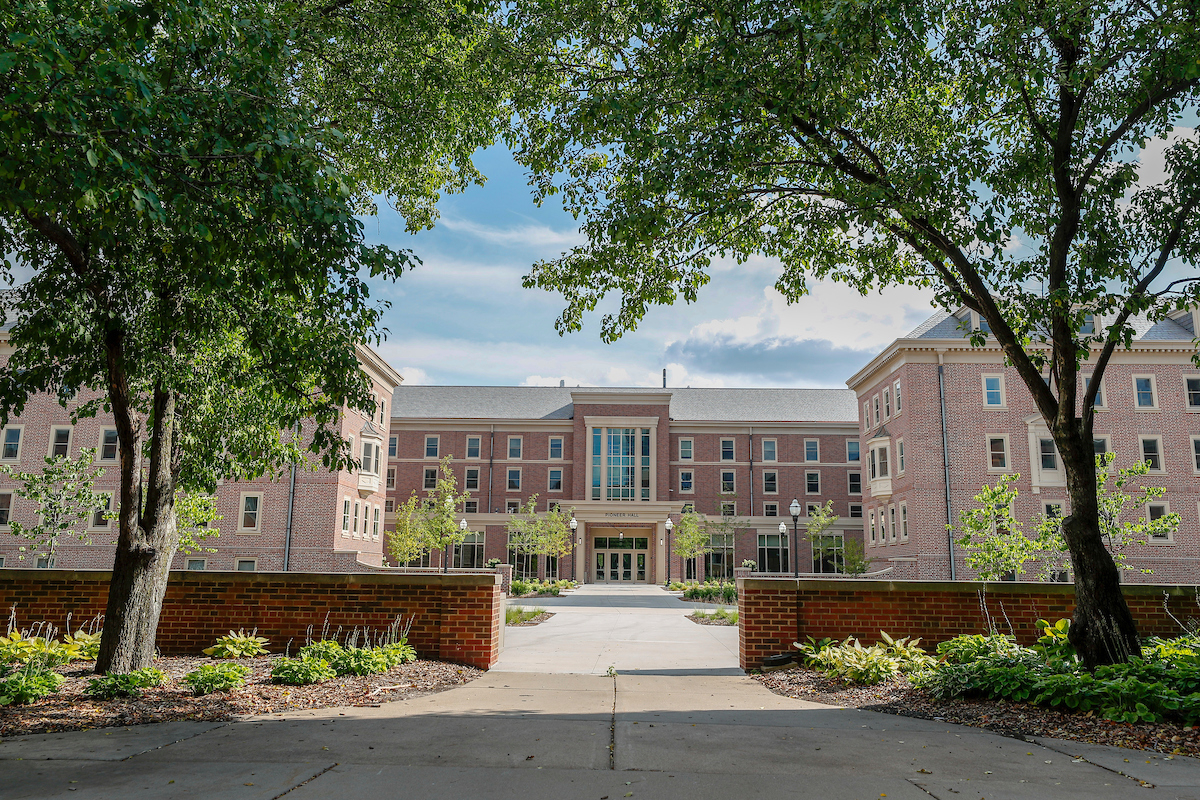 Pioneer Hall | Housing And Residential Life In Calendar For University Of Minnesota Twin Cities Campus