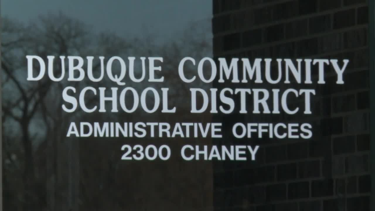School Districts Anticipate Weather Related Schedule Changes Intended For Dubuque Community School Calandar