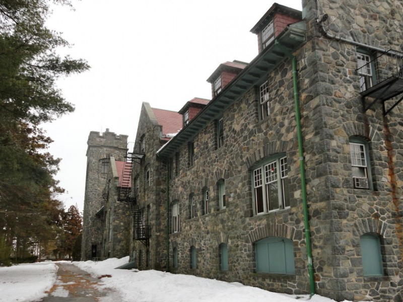 Barrington Bible College Deal Spawns Lots Of Questions Intended For Univ Of Ri Acacemic Calendar