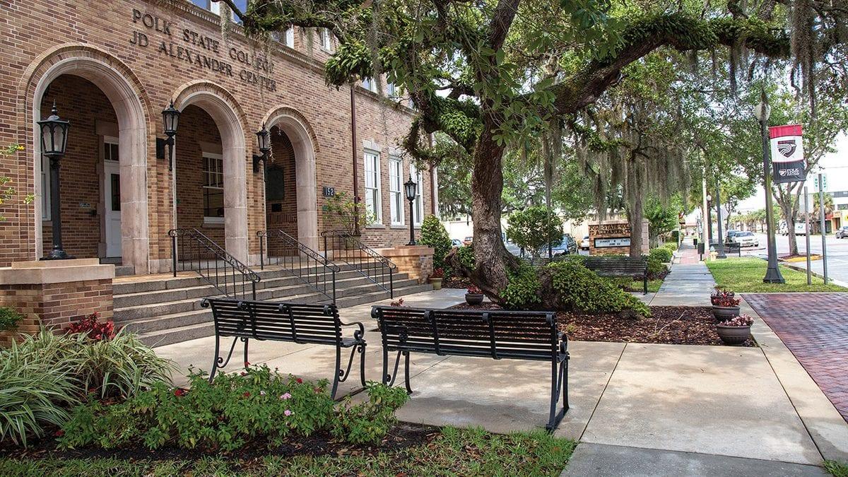 Jda Oak Tree Will Get Some Tlc Over Spring Break | Polk Regarding Farmingdale State College Spring Break