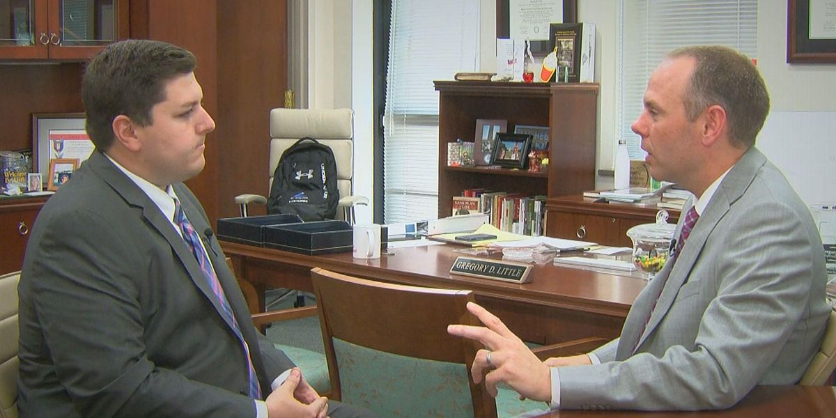 Lexington School District 1 Superintendent Defends Pricey With Lexington Sc District 1 Schools Calendar