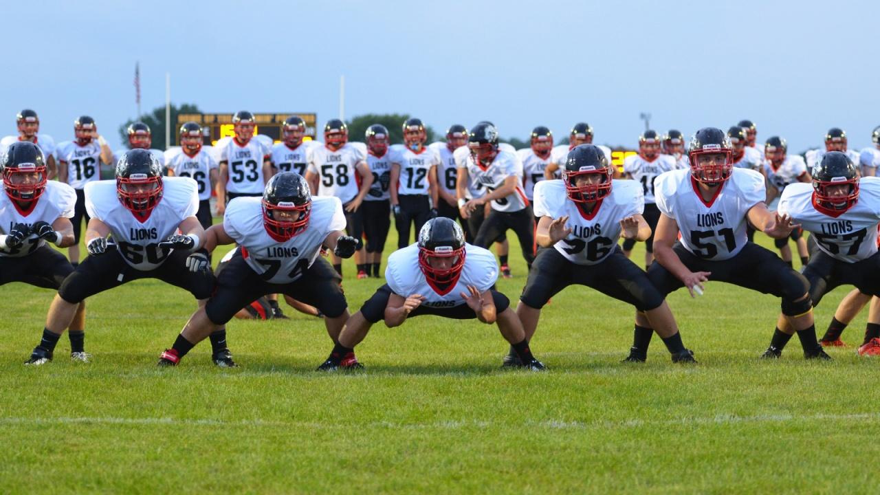 Lions Football Season Kicks Off Friday – Linn Mar Inside Linn Mar School Calendar