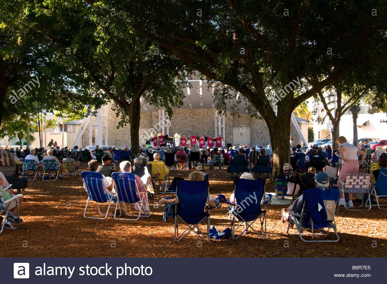 Outdoor Concert Stock Photos & Outdoor Concert Stock With Naples Fl Outdoor Concerts