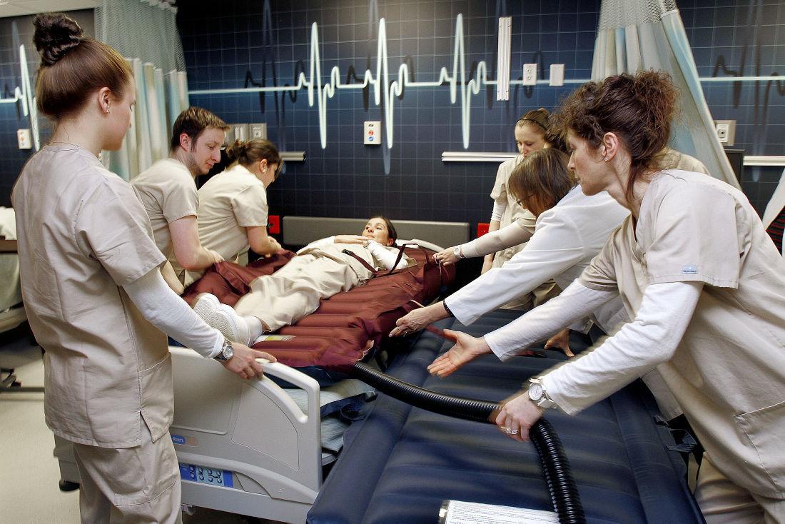 Program Lags; Keene State Nursing Students Face Throughout Keene State Academic Calendar