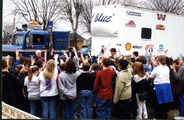 Ol'Blue, Usa - School News 2002 For Warren County Ky Spring Break