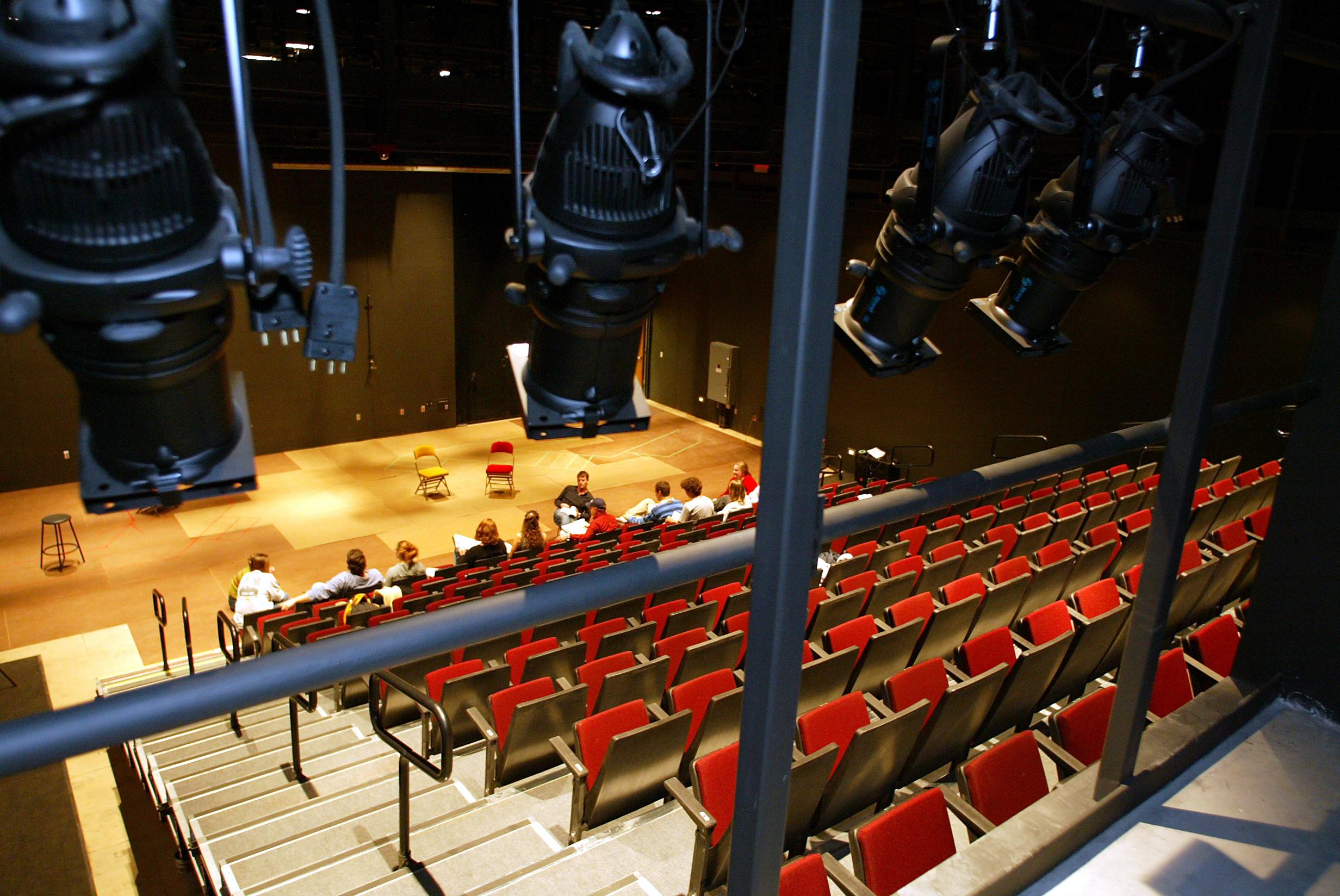 The Oscar Larson Performing Arts Center   South Dakota Within Unrsity Of South Dakota School Break Schedule