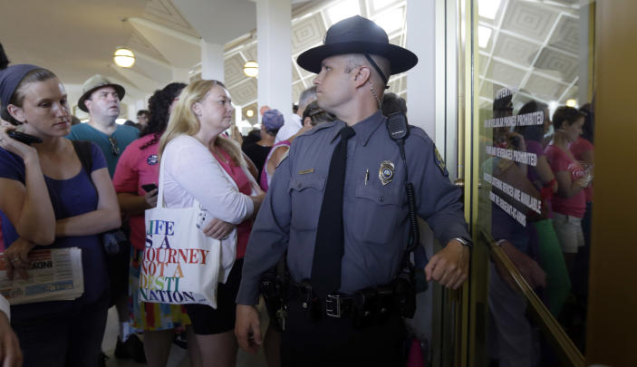 Abortion Bill Clears Nc Senate As Protesters Watch In Nc Courts Officer Query